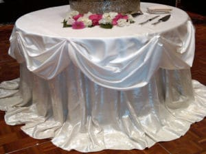 wedding-cake-table-rental-company-Michigan